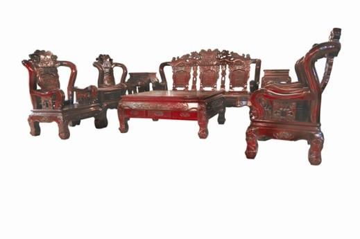 苏州市相城区太平欣圆红木家具厂宗旨是坚持以人为本为核心,抓住传统文化的历史和价值的表现,把握了 人性化体系为重要特征。以传承和发扬中华民族传统家具文化为已任、以质量为根本 。以信誉谋发展,在不断挖掘清古典家具的精华,明确海龙红木家具价值,欣赏价值 ,更是具有很强的收藏价值,把海龙红木的精品家具。中华民族传统文化带进千家 万户。 公司立足科学持续发展观,不断挖掘文化资源使红木古典艺术家具更经典全系列 古典家具提供给您,还可根据要求为您量身订做,公司热忱欢迎新老朋友常来指导, 洽谈!